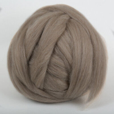 100g*Fawn*PROFESSIONALLY COMBED SHETLAND FLEECE* Scottish.pure.wool.tops.roving