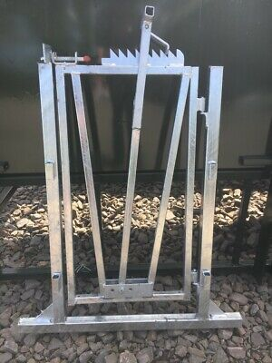 Sheep crush gate/raceway gate/headlock. Price INC VAT. Free Postage