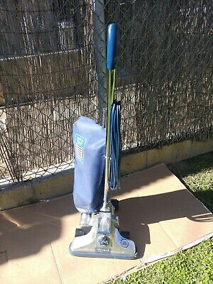 Royal Commerical Quality Metal Bagged Upright Vacuum Cleaner - Model 996
