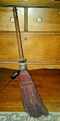 Pearsons Primitive Grungy Broom Parking Frog Witch