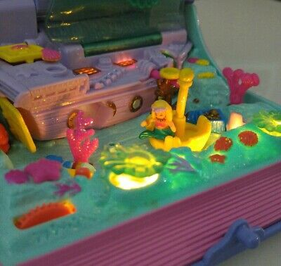 Polly Pocket Sparkling Mermaid Adventure * Lights Up! * Almost Complete
