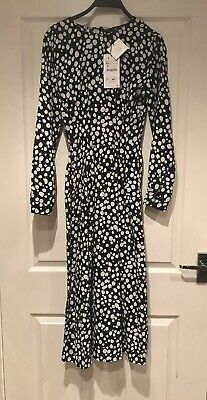 Brand New With Tags On  Black & White Dress Size XS From Zara