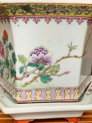 High Quality Chinese 1960s Porcelain——- famille-rose Bird and Flower Pottery