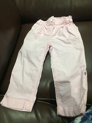 girls pink trousers and they can be turned up as 3-1/4 trouser age 2-3