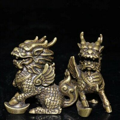 China Collectable Handwork Miao Silver Carve Exorcism Kylin Souvenir Old Statue