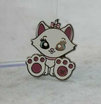 Disney Parks Hidden Mickey Big Foot Pin Feet Paws Marie Aristocats