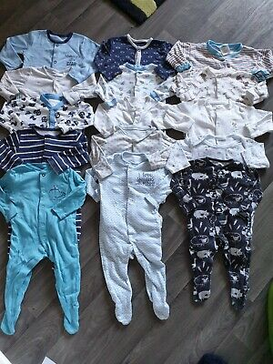 Lovely Huge bundle of 15 x baby boys sleepsuits babygrows 3-6 months (76C)