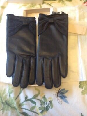 Ladies leather gloves, small to medium black,Jacques Vert