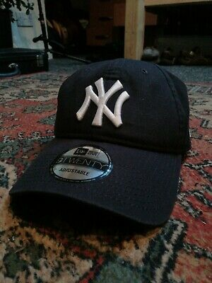 New Era League Essential 9Forty New York Yankees Cap