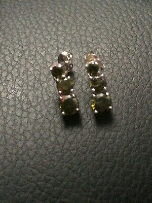 "White Metal Silver Plated ??? Citrine Coloured 3, Stone Earrings 0.5"" Long"