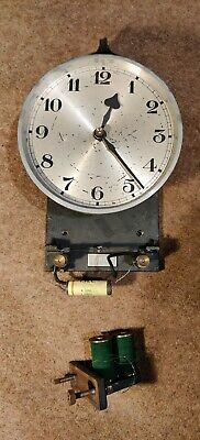 Tayco Hipp Toggle Electric Clock