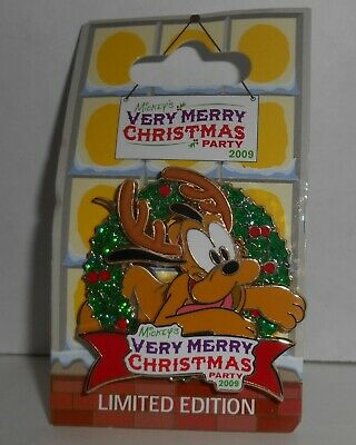 WDW Mickey Very Merry Christmas Party PLUTO reindeer wreath LE Disney Pin 73790