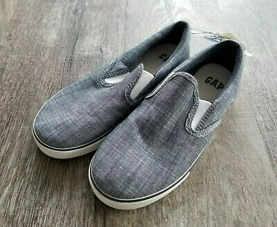 Boys GAP KIDS Slip On Chambray Deck Boat SHOES Sz 2 ~ NWT