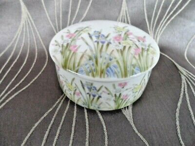 Porcelain Trinket Box with Lid - Iris Pattern