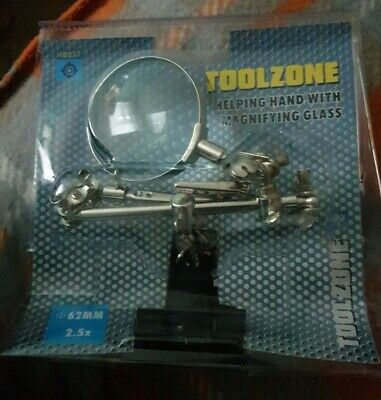 Toolzone Helping Hand With Magnifying Glass for hobbyists (Benefits Charity)