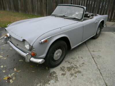 1967 TRIUMPH TR4A IRS ROADSTER  SOLID CAR TO RESTORE ,  Free Shipping