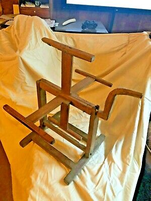 Primitive Hand Made Antique Yarn Winder, Very Good working condition. Sturdy