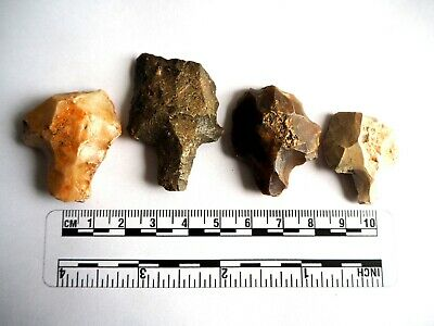 Paleolithic Arrowheads x 4 - Genuine Saharan Flint Artifacts - 70,000BC (2603)