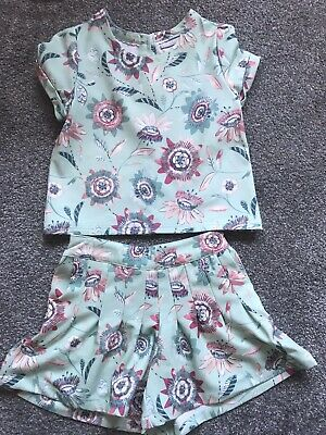 Girls 2 Piece Short Set Age 8 Years Worn Once