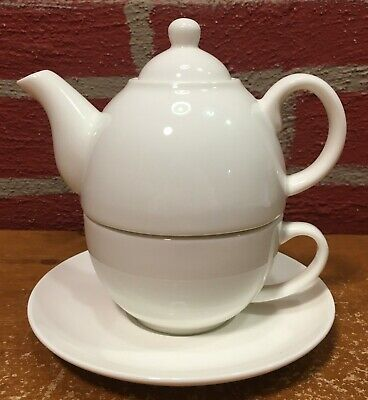Tupperware TupperLiving Fine China Tea for One Teapot Cup & Saucer Set White VGC