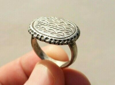 ancient Byzantine / Middle Ages silver ring, with beautifully carved bezel