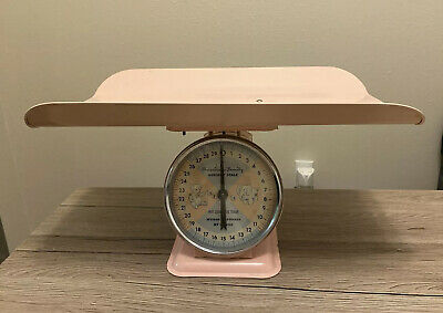 VINTAGE American Family Nursery Scale Baby PINK GREAT CONDITION