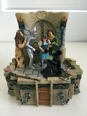 """Wizard Of Oz Musical Figurine Wicked Witch """"I'm Melting"""" Fountain"""