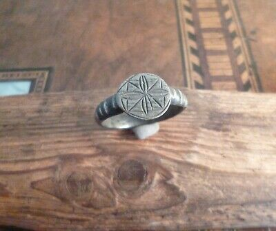 Superb Late Medieval Flower Ring With Stunning Engravings-Metal Detecting Find