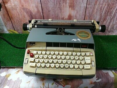 Vintage SCM Smith Corona 250  Electric Typewriter retro  Working made in Canada
