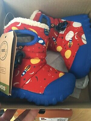 BABY BOGS CHILDRENS WELLIES  SPACE DESIGN 1 RED ..1 ..BLACK UK 3 ONLY 2 Left