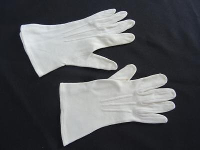 Vintage Gauntlet Gloves 1960s Ladies Cream Fabric Nylon Wrist Length