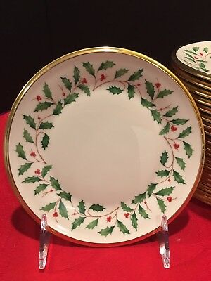 "Lenox Holiday Dimension. Holly Berries 10 3/4"" Gold rimmed Dinner Plate."