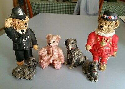 Collectable Resin Bears & Dogs. Figurines Bobby, Queens Guard. Hunting Dogs Toys