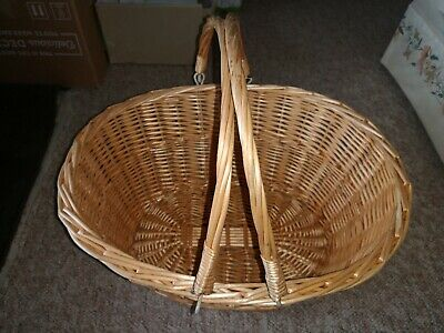 Vintage Wicker Shopping Basket with Folding Handles