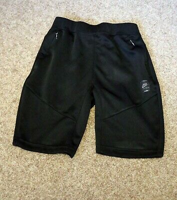 Nike Black Airmax Shorts Size Large 147-158cm Approx Age 12