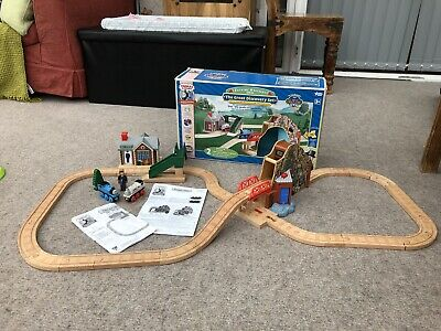 THOMAS & FRIENDS Talking Railway The Great Discovery Wooden  Train Set  boxed