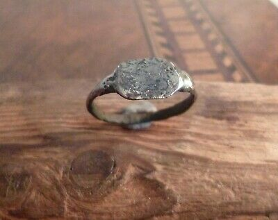 Superb Roman Ring With Hunched Shoulders-Metal Detecting Find
