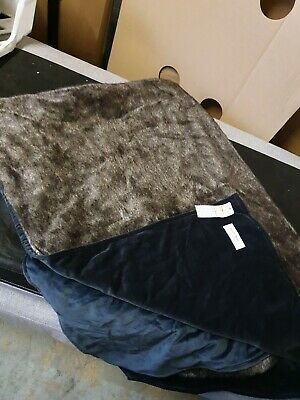 Luxury Faux Fur Throw Blanket Gift New White Long Pile RRP £150CLEARANCE