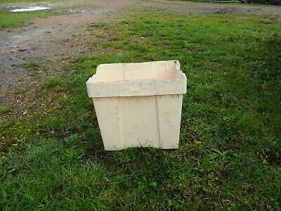 Flower buckets job lot, 15 H2's and 11 extensions, 22 544's, 44 x 577 extensions