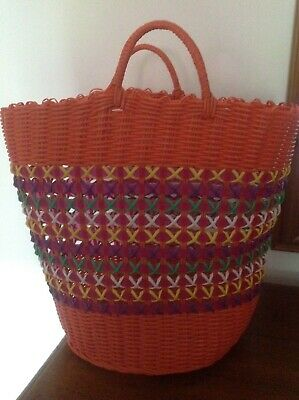 Vintage Style Retro Woven Plastic Shopping/Beach  Bag/Basket Multi-Coloured New