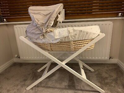 Mamas and Papas moses basket With Mamas And Papas Stand
