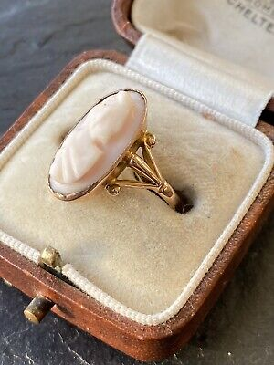 Antique Victorian Yellow Gold Pink Conch Shell Cameo Navette Ring.