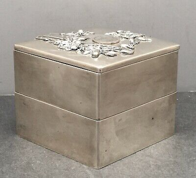 Magnificent Japanese Meiji Silver Jewelry Box