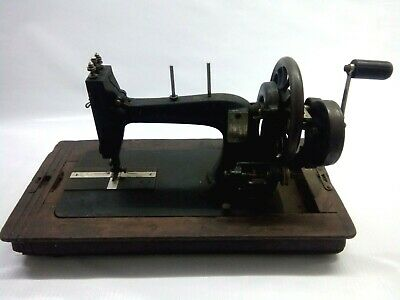 Antique Vintage S&N Cast Iron Hand Crank Sewing Machine & Carry F11351