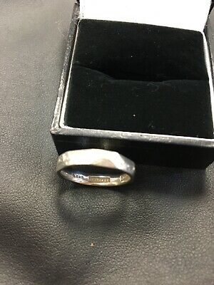 Beautiful, c1930`s Art Deco Solid Platinum Band / Wedding Ring, Lovely Example!