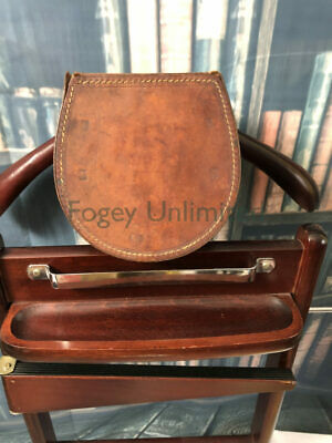Vintage Leather Stiff Collar storage box for your detachable collars