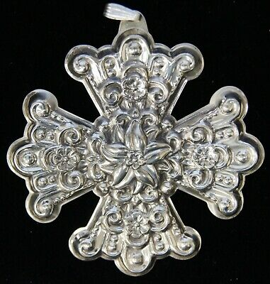Reed & Barton Sterling Silver 1974 Christmas Cross Ornament B1568