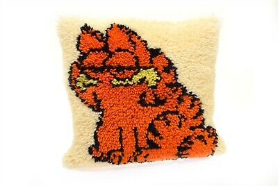 """Vintage Garfield Latch Hook Pillow- Completed 14"""" x 16"""" Tan Corduroy Back"""