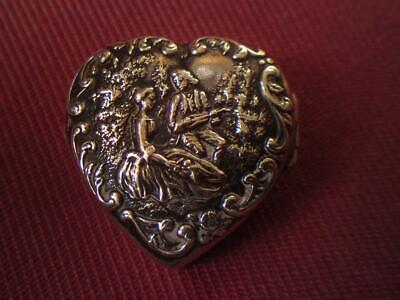 Gourdel Vales & Co Antique Silver Heart Shaped Snuff / Pill Box Birmingham 1902