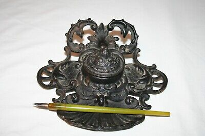Cast Iron inkwell and Pen Holder with Fountain Pen JM18B